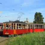 Прошлое, настоящее и будущее петербургского трамвая гармонично соседствуют на улицах. Фото: November_Foxtrot, сайт transphoto.ru